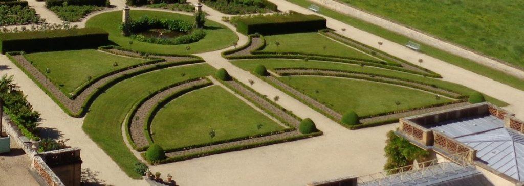 À l'origine de la renaissance du parc de Vaux-le-Vicomte, Achille Duchêne est considéré comme une référence dans la création de jardins d'agrément.